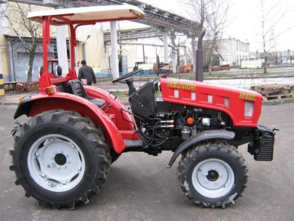 Ciągnik Belarus 320R
