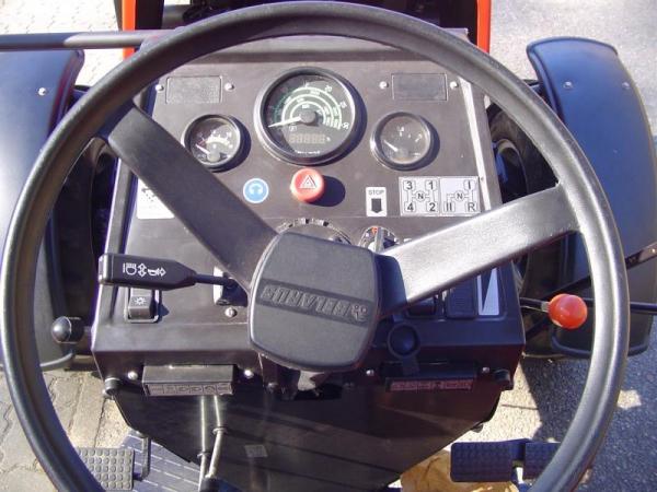 Ciągnik Belarus 422.1 bez kabiny