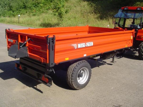 Przyczepa Metal-Fach T703