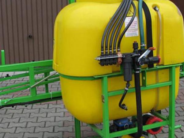 Opryskiwacz 400 litrów